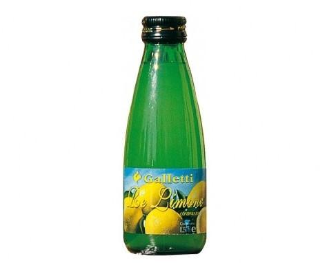 Succo di limone. Concentrato di limone per condimenti.