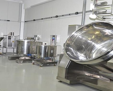 Laboratorio. Controlli di qualità e certificazioni