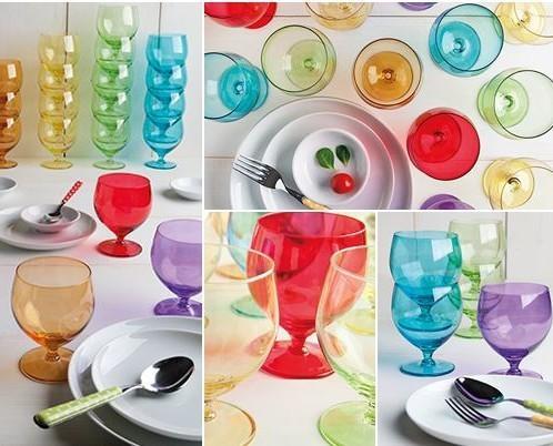Arredo e complementi per la tavola. Cristalleria. Coordinati calici vino e bicchieri per l'acqua.