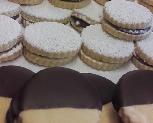 Biscotti Artigianali.Biscotti artigianali con cioccolato
