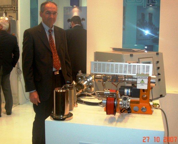 DSC02481-FOTO K07 EMX. L'esperienza di oltre 50 anni del Perito industriale Valotto Luciano nella progettazione, fino ad approdare alle macchine utilizzate nella degustazione del caffè e non solo.  info@cokjollyfilter.com
