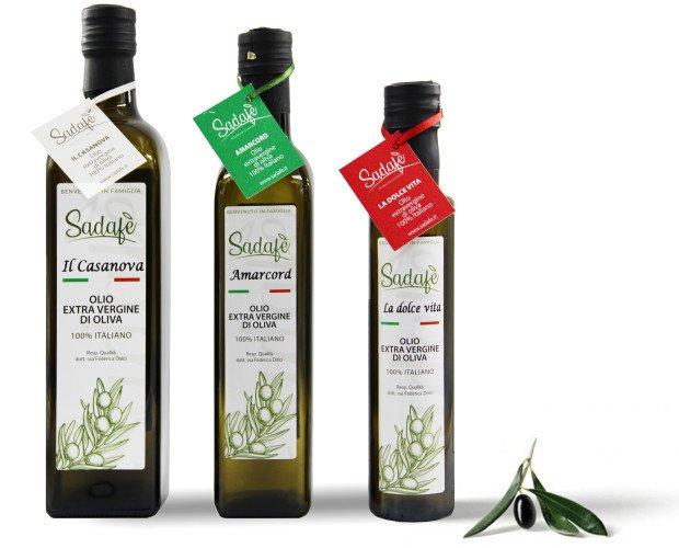 OLIO EXTRAVERGINE DI OLIVA. Produciamo diverse linee di olio extravergine di oliva, tutte sono un elogio alla Romagna e a Fellini.