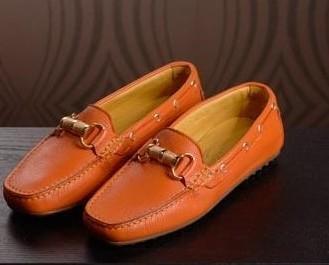 Calzature Femminili.Modello di calzature femminili.