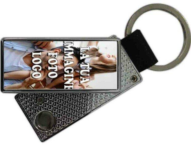 Accendino USB a portachiavi. In acciaio si carica con USB. Varie immagini disponibili