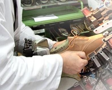 Calzature Tomasi. Prodotte con amore, per il benessere dei piedi.