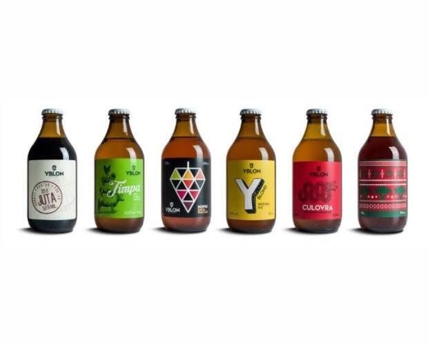 Bottiglie di Birra con alcol.Prodotti di qualità.