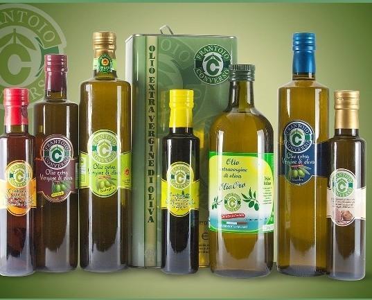 Composizione oli . i migliori prodotti delle nostre terre.