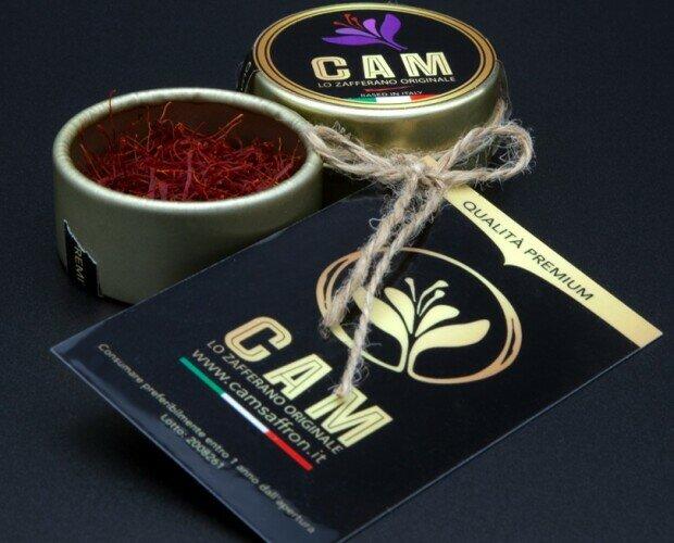 Zafferano.Confezione di un grammo dello zafferano puro in pistilli (Negin) dell'Iran