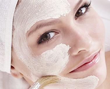 Cosmetici per il viso. Detergenza ed idratazione