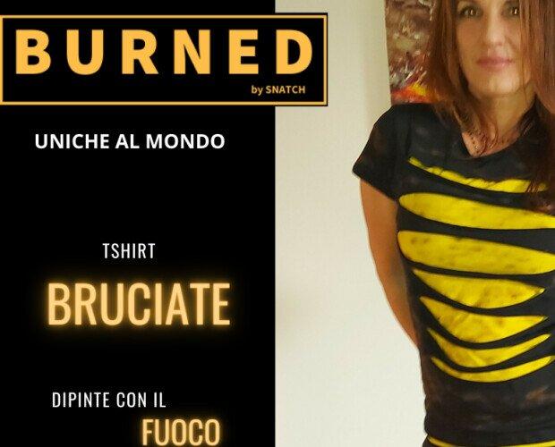 Grunge 2. Tshirt doppio strato con cuciture satroriali. Dipinta con il fuoco