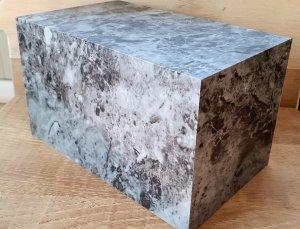 urna cineraria finto marmo